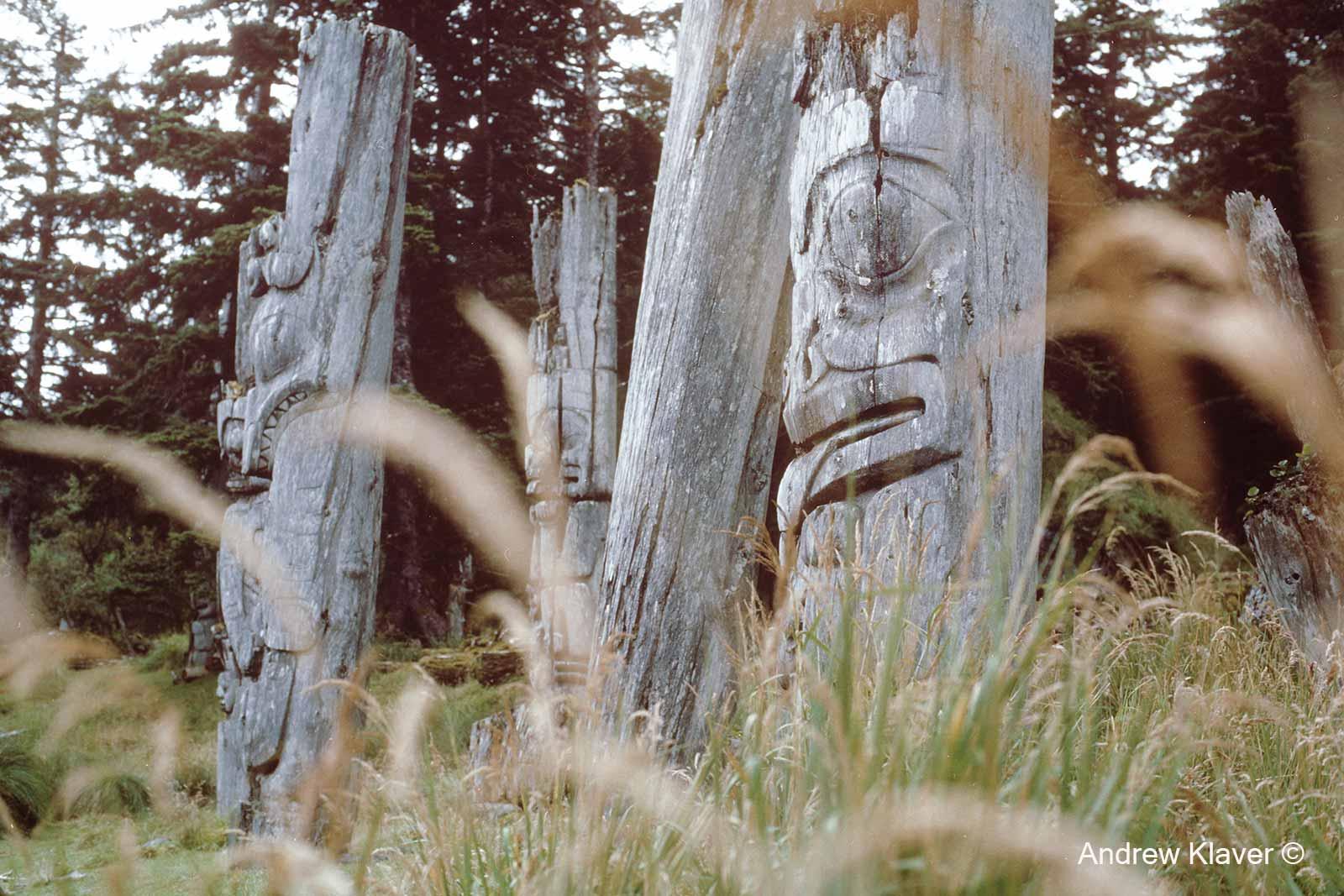 Ninstints totems, 1988