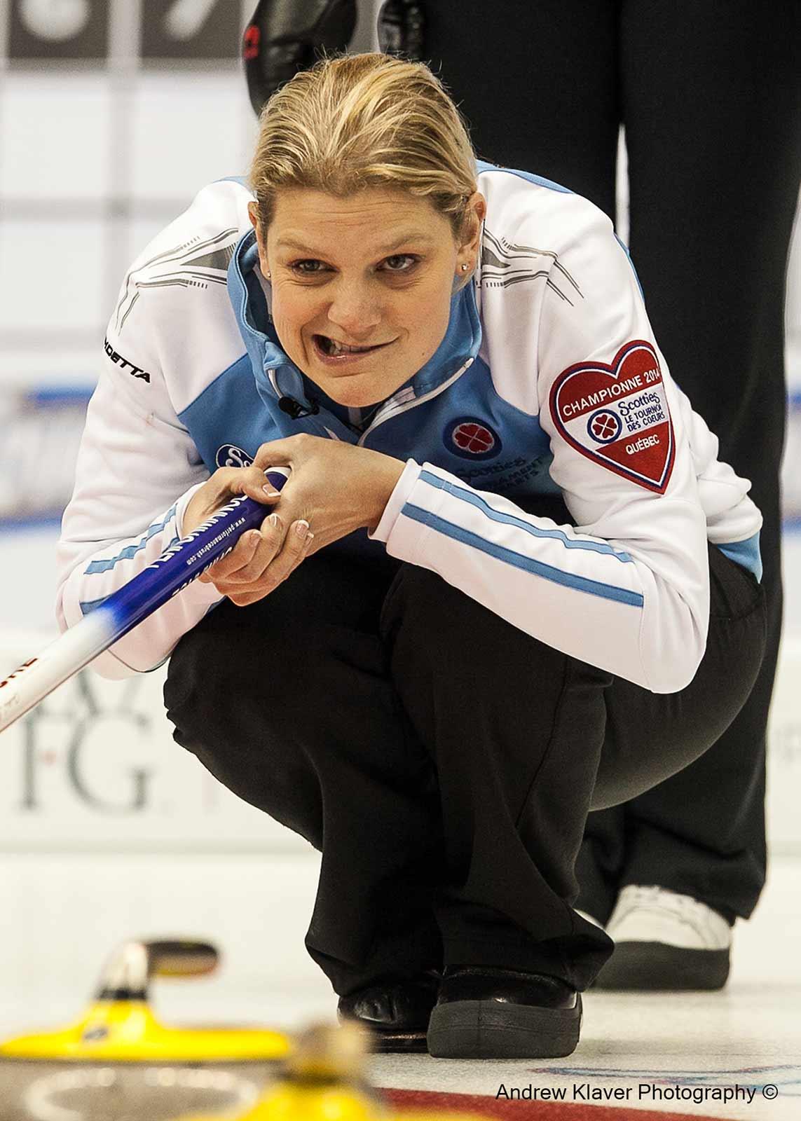 Quebec skip Allison Ross